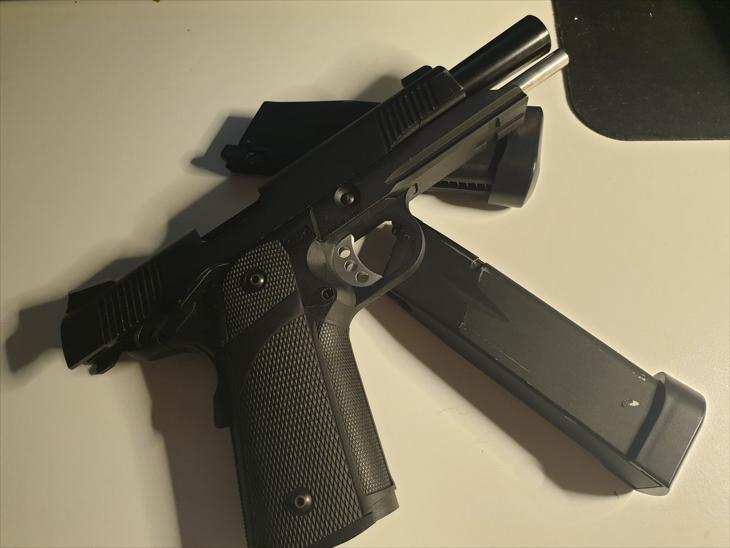 KJW KP 05 Hi-Capa CO2