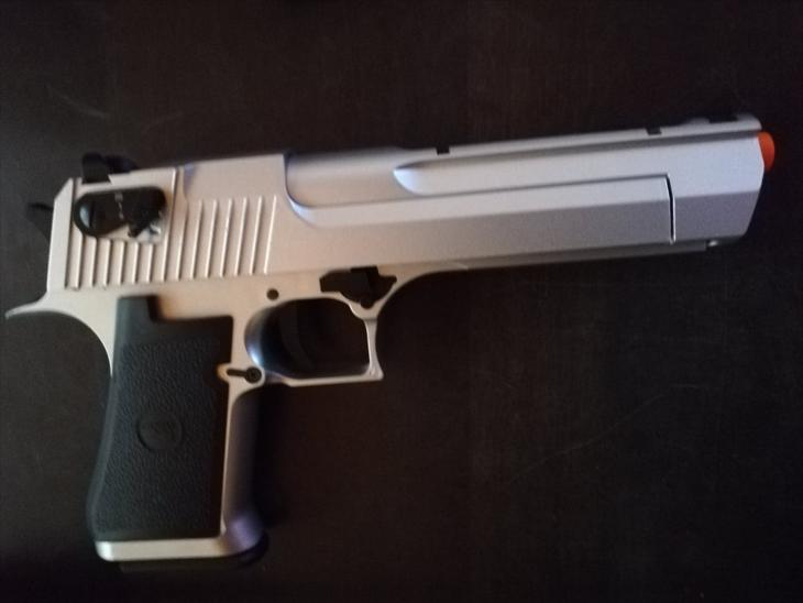 Semi/Full Auto Metal Desert Eagle CO2 Gas Blowback Airsoft Pistol by KWC