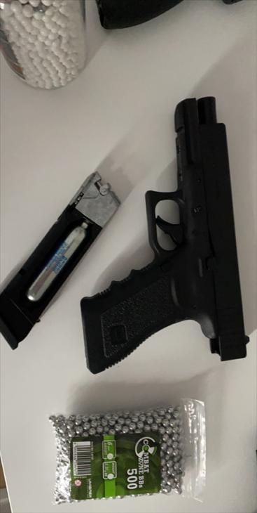 Bild för varan: Glock 17. Taurus pt92/combat cop zone
