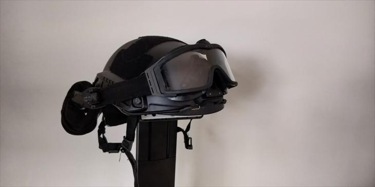 Bild för varan: Hjälm och ESS profile turbo fan goggles