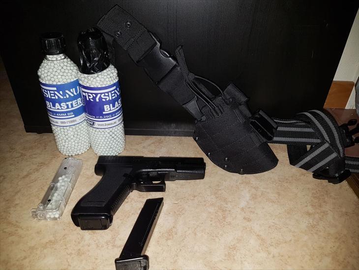 Bild för varan: Asg fjäderladdad pistol + hölster + ammo